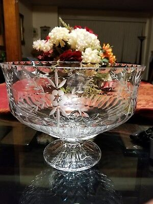 Gorham Chantilly Collection Footed Bowl Handcut Crystal Centerpiece