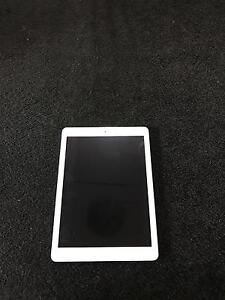 IPAD AIR 16gb silver Tapping Wanneroo Area Preview