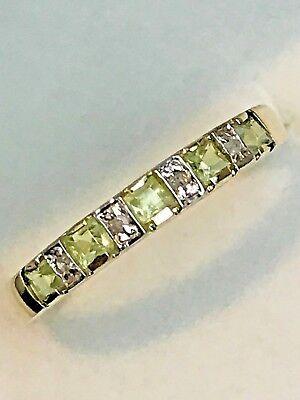 10K YELLOW GOLD AND NATURAL PERIDOT & DIAMOND BAND RING + RING BOX  SIZE 6.75