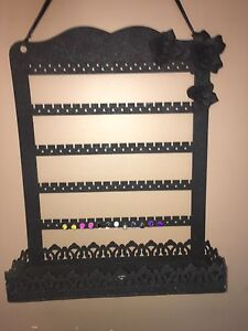 Jewellery and accessory hanger