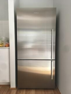 Fisher and Paykel 519L Stainless steel
