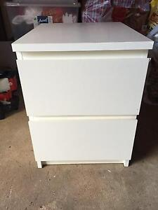 Free white drawers Beverly Hills Hurstville Area Preview
