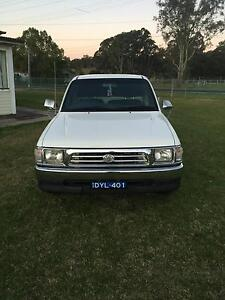 1998 Toyota Hilux Ute Box Hill The Hills District Preview