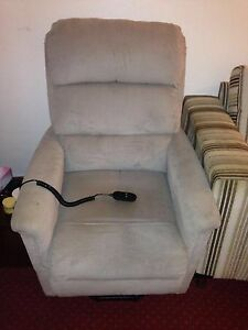 Power Lift Recliner Chair Bexley Rockdale Area Preview