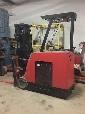 2009 Raymond Forklift Dock Stocker 4000 188 Lift 36v Wbatterycharger42fork