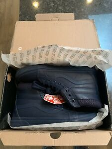 Vans shoes size 9 like new!