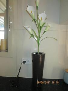 gorgeous vase with fake lilys    80cm tall Para Hills Salisbury Area Preview