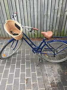 Vintage cruiser - Perfect female bicycle Greenslopes Brisbane South West Preview