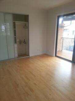 Room To Let Casula Liverpool Area Preview