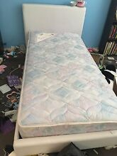 single bed + mattress Maryland 2287 Newcastle Area Preview