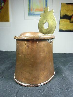 sehr früher Kupferbehälter mit Messingaufhänger, graviert, um 1820,