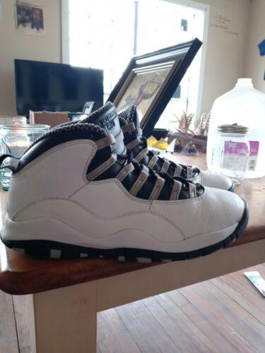 Jordan 10 Original Blk/Wht Size 10 - $40.00