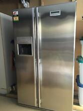 Westinghouse 640ltr RS643V Two Door Family Fridge with Water/Ice Morningside Brisbane South East Preview