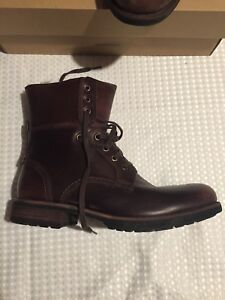BNIB UGG Australia Men's 9.5 Larus Boots in Grizzly/Brown!