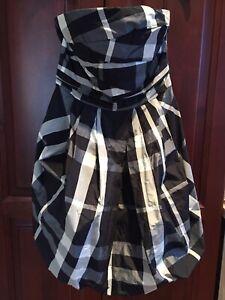 Beautiful, comfortable Zara strapless dress. $20 OBO