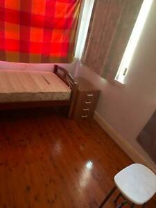 Room for rent opposite Normanhurst station