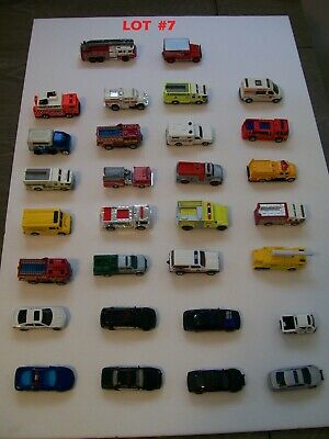 Huge lot of Diecast Emergency Vehicles, Matchbox, Hot Wheels, Maisto