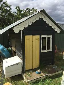 Kids cubby house / chook hutch not finished Echuca Campaspe Area Preview