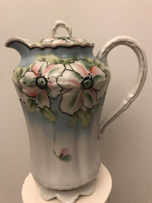 "ELEGANT VINTAGE  PORCELAIN CHOCOLATE POT MADE IN ITALY.  HAND PAINTED. 9.5""  E5"