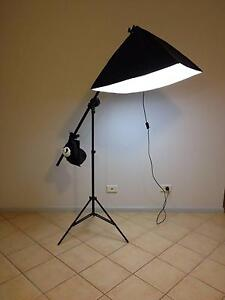 Photographic Light stand + 2 bubles Birrong Bankstown Area Preview