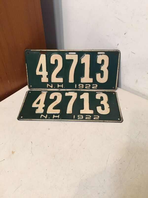 Nice Antique Pair Of 1922 New Hampshire License Plates Green 42713