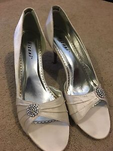 White wedding shoes s11 Mount Barker Mount Barker Area Preview