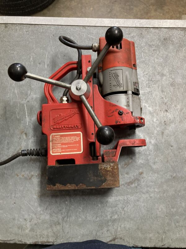 Milwaukee 4270-20 Compact Electromagnetic Drill Press - Missing Chuck