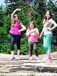 3 girls growing up