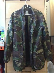 Camouflage Warm Winter Jacket Insulated Large XL
