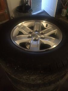 2009 gmc 18 inch rims and tires