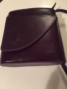 Italian leather (mauve) small cross body purse (new)