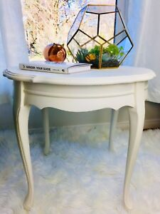 Elegant white round antique end table side table