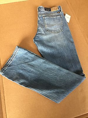 Nwt Lucky  Multi Sizes  Women Sweet Boot Cut Relaxed Mid Rise Faded Blue Jean
