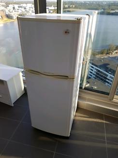 LG 215 liter fridge