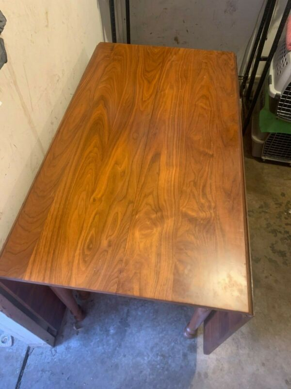 Antique Watertown Slide Table w/ Six chairs incl. Armchair Cherrywood?