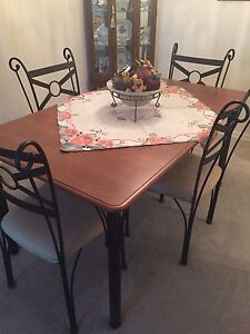 RECTANGULAR DINING TABLE X 6 CHAIRS