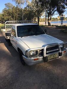 1992 Toyota Hilux Ute 2.8D 2WD Tanilba Bay Port Stephens Area Preview