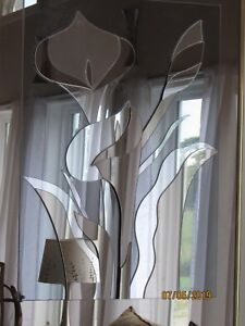 Mirrored Calla lilly