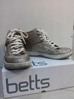 Betts gold glitter sneakers Mayfield West Newcastle Area Preview