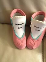 Bauer ice skates for girls shoe size 8/9.