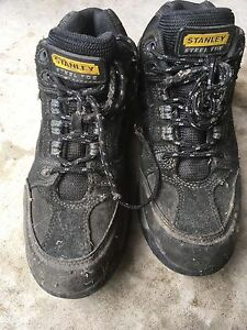 Safety shoes size 6 1/2