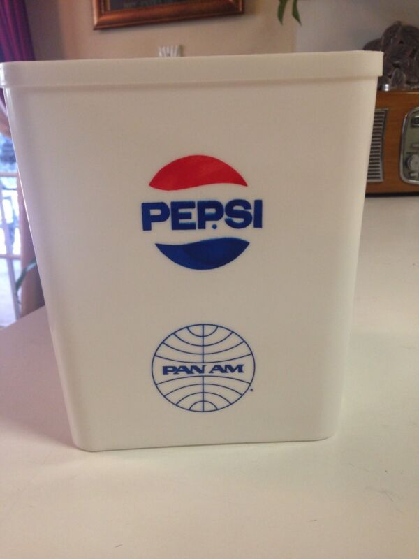 PAN AM AIRLINES IN FLIGHT PEPSI ICE BUCKET VINTAGE - RARE - NEW