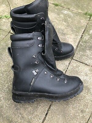 British Army Black Cold Weather Boots Goretex - Uk 9M