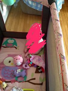 Owl Play Pen with bassinet and change table.