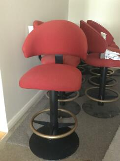 Swivel bar/gaming stools