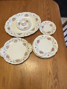 ROYAL ALBERT TRANQUILITY CHINA FOR SALE, OFFERS!!!!