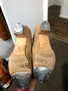 Bloch size 9.5 tan heeled tap shoes