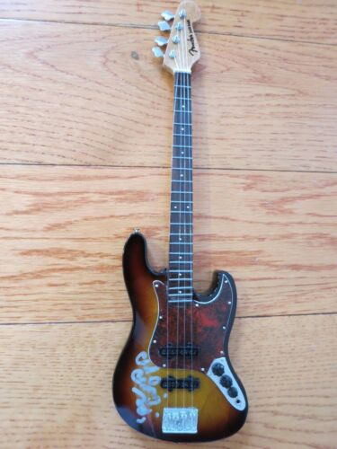 Nirvana signed bass guitar by 2 coa + Proof! Chad Channing Krist Novoselic auto