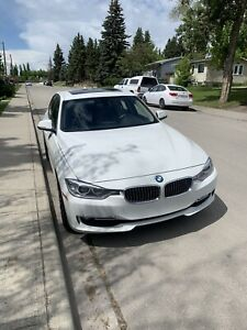 2014 BMW 328i xDrive - 96000km