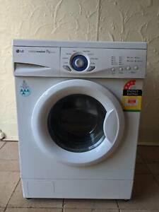 LG 7kg washing machine (Free Delivery)